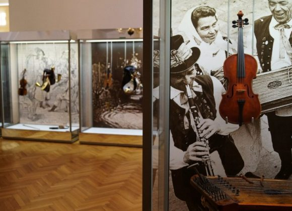 Instruments… – see and hear the tradition