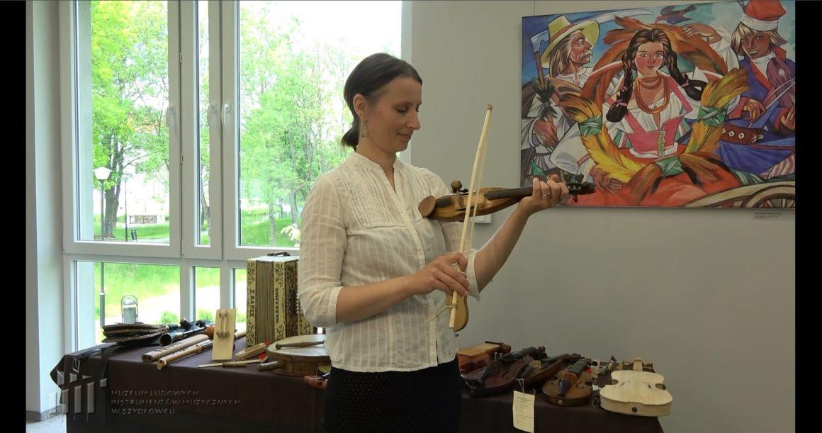 Na Dzień Dziecka przygotowaliśmy lekcję muzealną o ludowych instrumentach muzycznych.