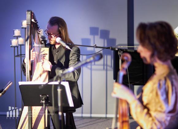 Koncert - Niemen i Zator improwizują Babuchowskiego w Muzeum Ludowych Instrumentów Muzycznych